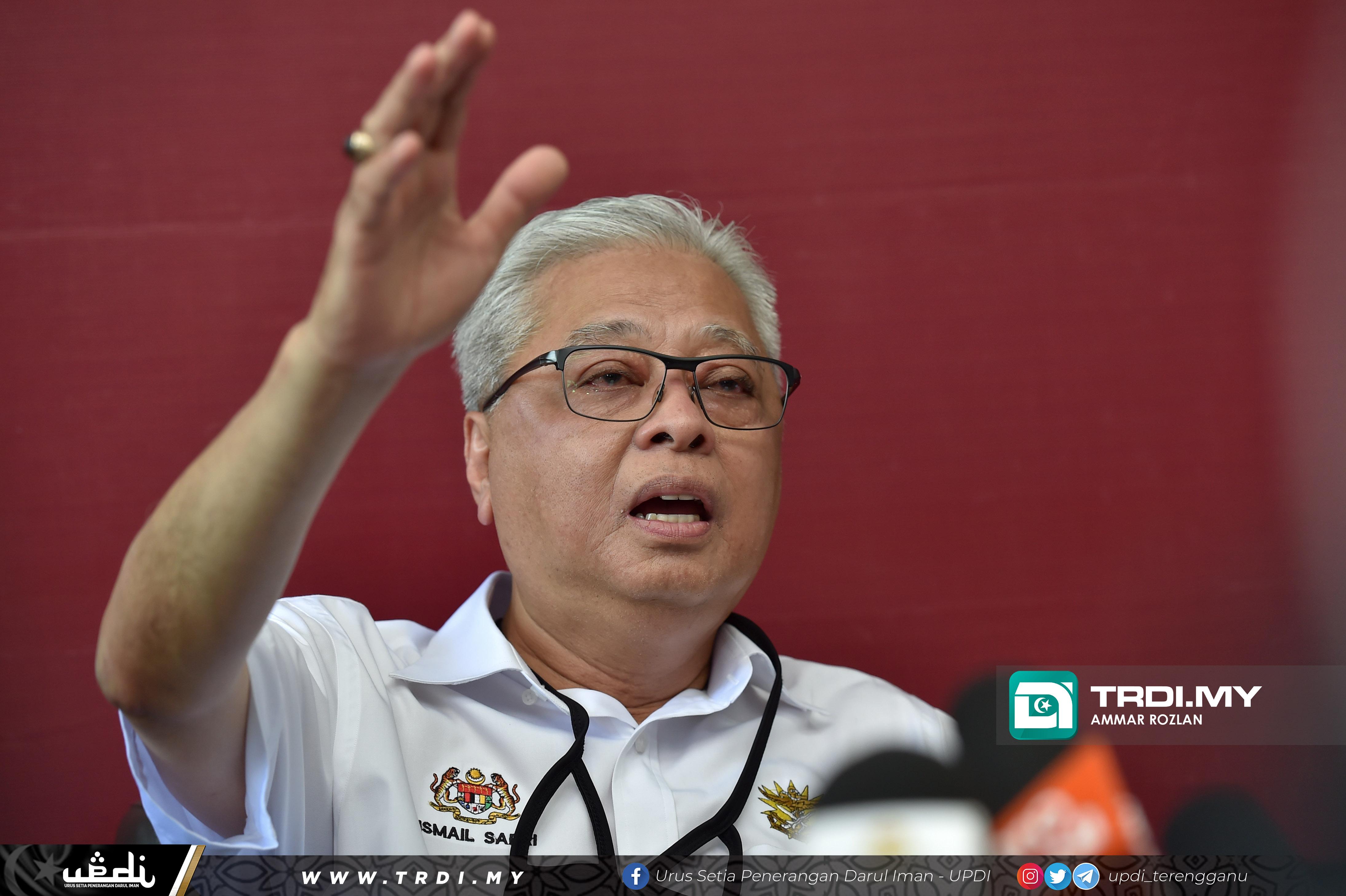 Menteri Kanan Pertahanan, Dato' Sri Ismail Sabri Yaakob mengadakan lawatan kerja ke Batalion Kelapan Belas Rejimen Askar Melayu Diraja (Para), Kem Seri Pantai (Seberang Takir)