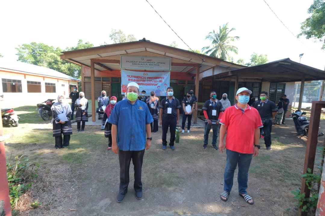 Sukarelawan Outreach Program Imunisasi Covid-19 Kebangsaan Parlimen Kemaman